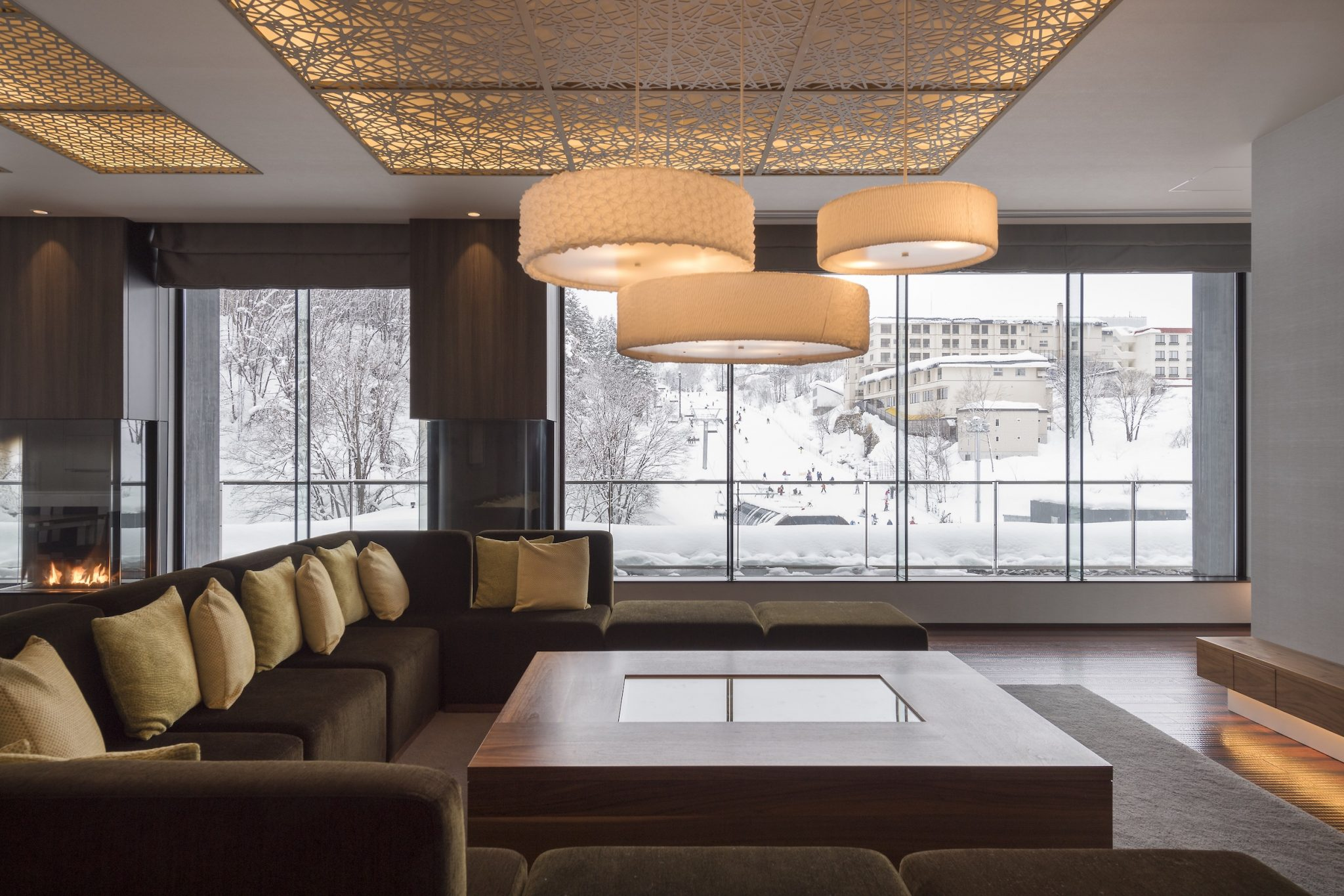 aya-niseko-penthouse-c-winter-1